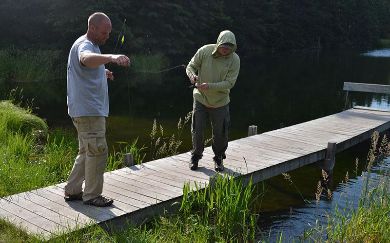 summer-family-fishing-3