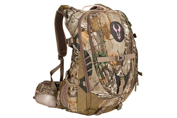 fitting-womens-hunting-pack-4