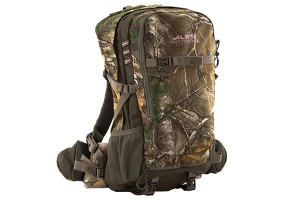 Choosing the Proper Backpack for Female Hunters