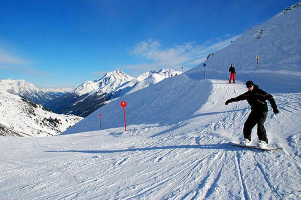 ski-gear-all-winter-thumb