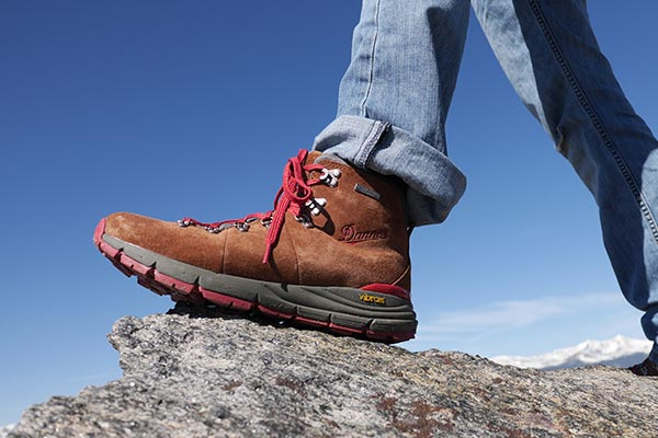 danner-mountain-600-thumb