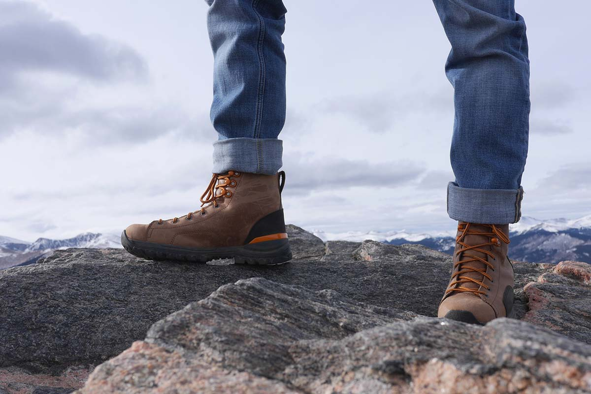 danner-stronghold-thumb